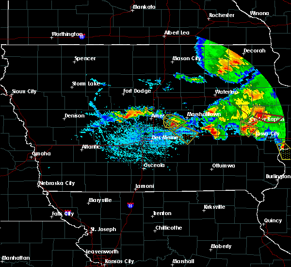 Radar Image for Severe Thunderstorms near Grinnell, IA at 7/11/2020 6:06 PM CDT