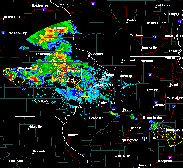 Radar Image for Severe Thunderstorms near Martelle, IA at 7/11/2020 6:10 PM CDT