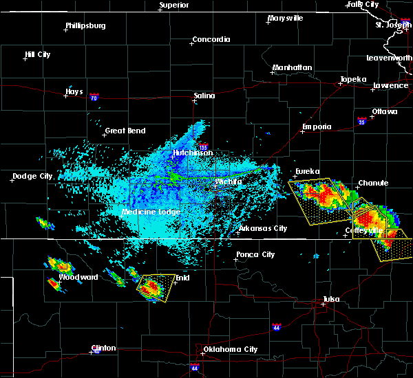 Radar Image for Severe Thunderstorms near Neodesha, KS at 7/11/2020 6:39 PM CDT