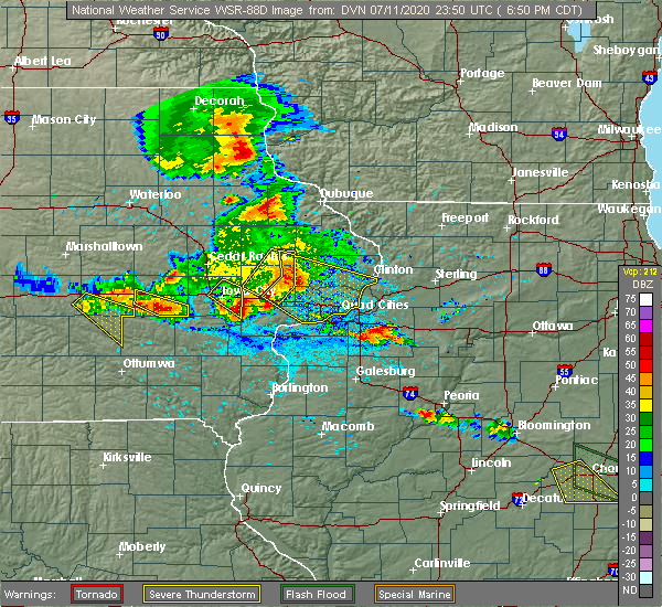 Radar Image for Severe Thunderstorms near Tiffin, IA at 7/11/2020 6:53 PM CDT