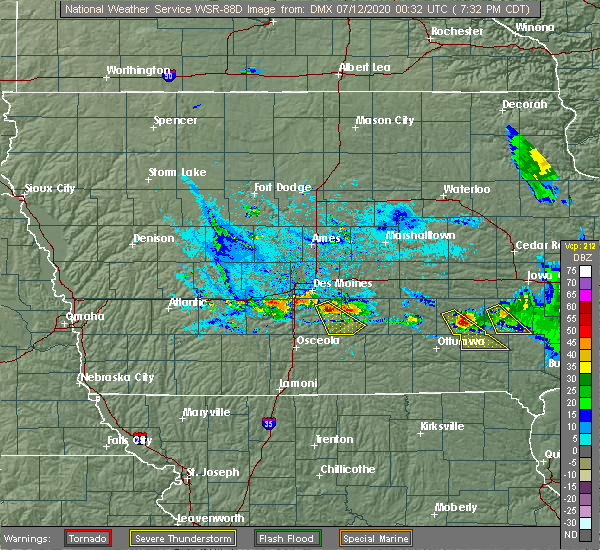 Radar Image for Severe Thunderstorms near Lacona, IA at 7/11/2020 7:34 PM CDT