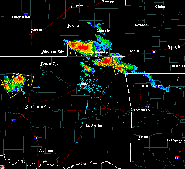 Radar Image for Severe Thunderstorms near Welch, OK at 7/11/2020 7:35 PM CDT