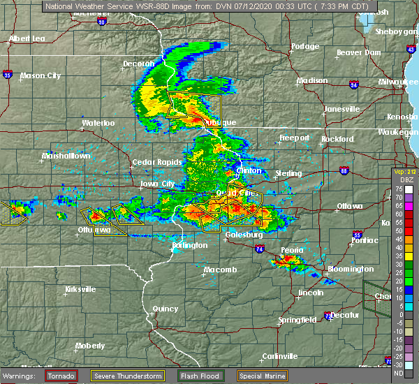 Radar Image for Severe Thunderstorms near Kewanee, IL at 7/11/2020 7:41 PM CDT