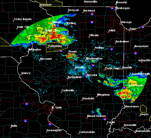 Radar Image for Severe Thunderstorms near East Peoria, IL at 7/11/2020 7:47 PM CDT