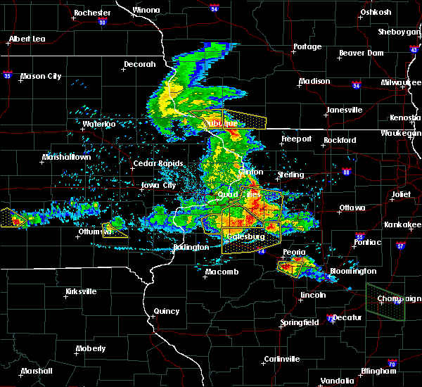 Radar Image for Severe Thunderstorms near Kewanee, IL at 7/11/2020 7:56 PM CDT