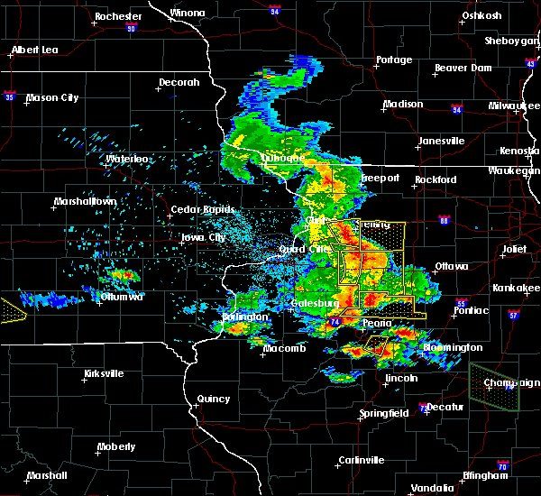 Radar Image for Severe Thunderstorms near Morrison, IL at 7/11/2020 8:23 PM CDT