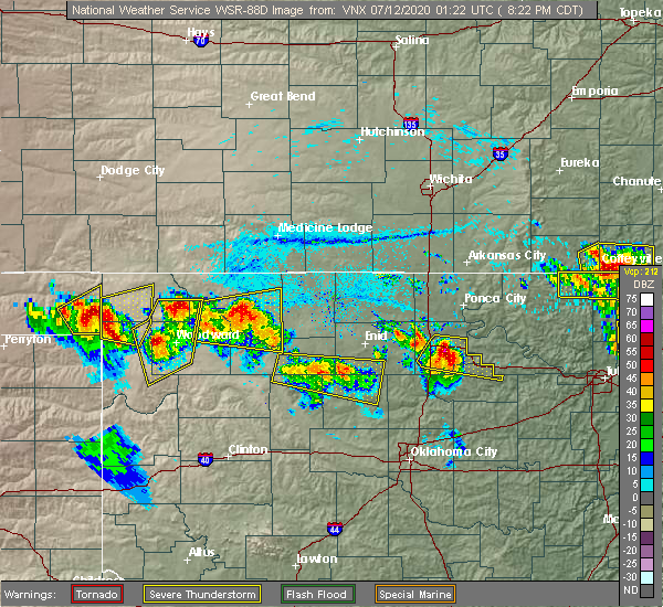 Radar Image for Severe Thunderstorms near Red Rock, OK at 7/11/2020 8:27 PM CDT