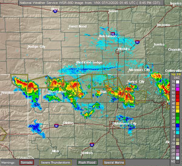 Radar Image for Severe Thunderstorms near Medford, OK at 7/11/2020 8:52 PM CDT