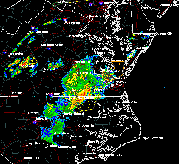 Radar Image for Severe Thunderstorms near Hampton, VA at 6/30/2015 10:20 PM EDT