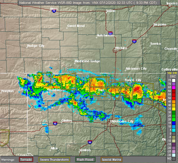 Radar Image for Severe Thunderstorms near Medford, OK at 7/11/2020 9:35 PM CDT