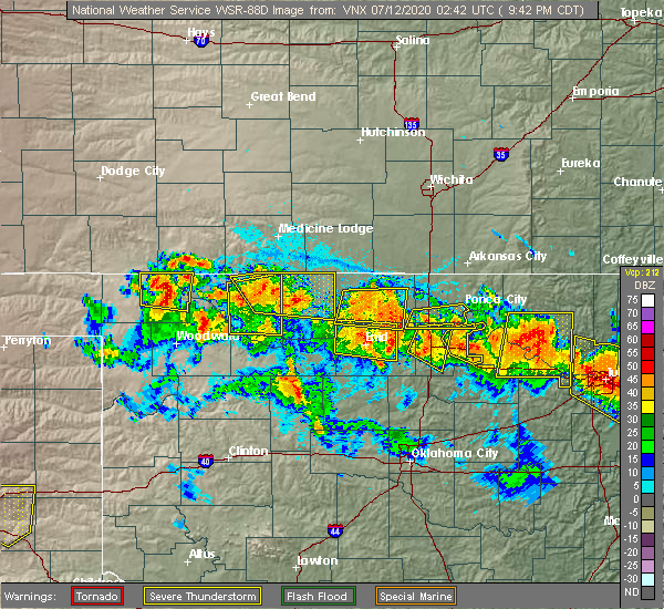 Radar Image for Severe Thunderstorms near Medford, OK at 7/11/2020 9:46 PM CDT