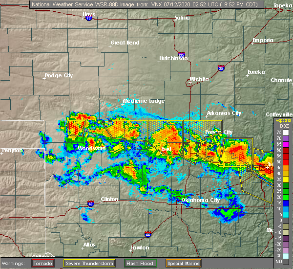 Radar Image for Severe Thunderstorms near Newkirk, OK at 7/11/2020 9:54 PM CDT