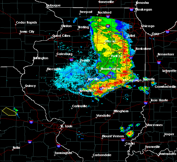 Radar Image for Severe Thunderstorms near Lake of the Woods, IL at 7/11/2020 10:03 PM CDT