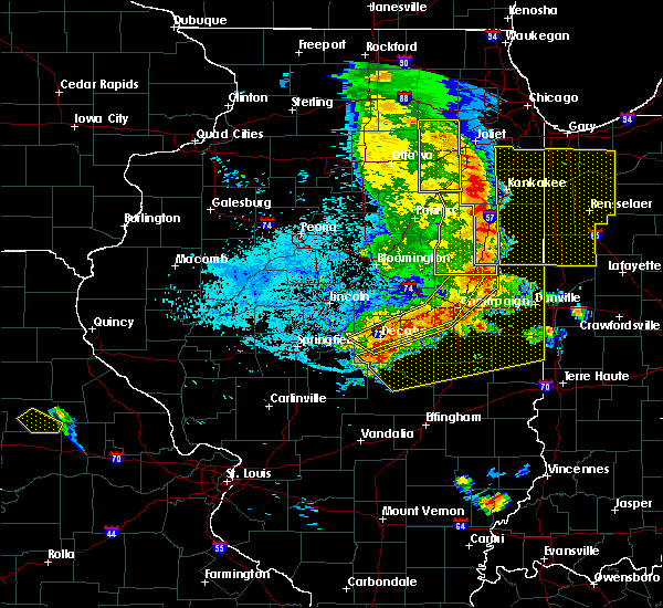 Radar Image for Severe Thunderstorms near Oakwood, IL at 7/11/2020 10:14 PM CDT