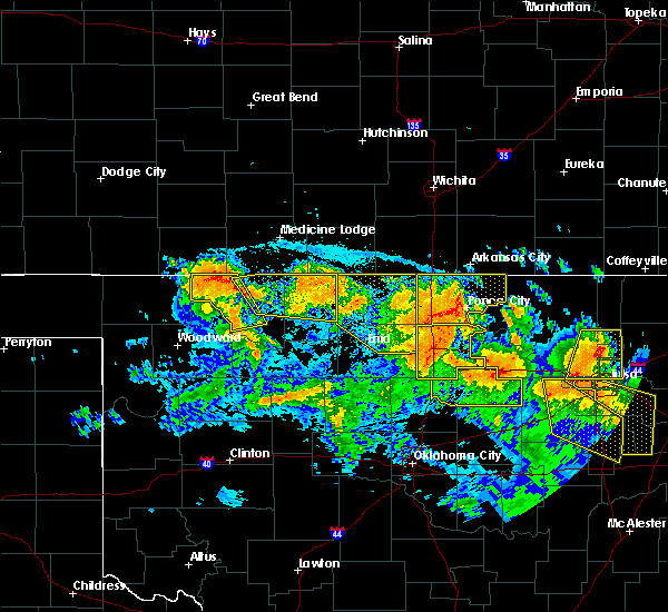Radar Image for Severe Thunderstorms near Newkirk, OK at 7/11/2020 10:21 PM CDT