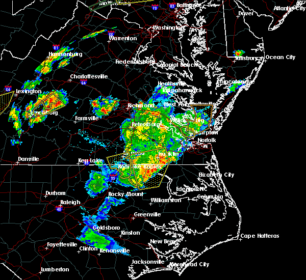 Radar Image for Severe Thunderstorms near Newport News, VA at 6/30/2015 10:30 PM EDT