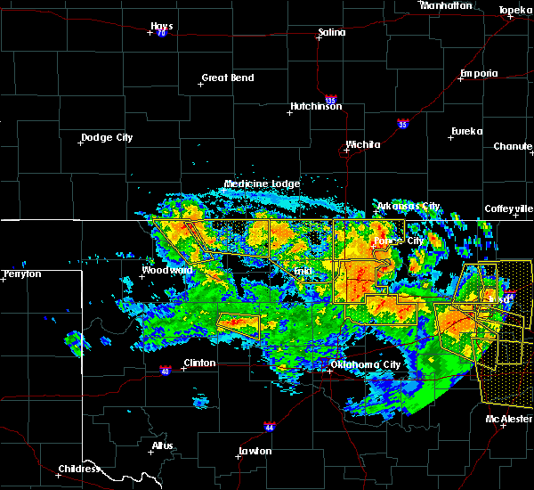 Radar Image for Severe Thunderstorms near Newkirk, OK at 7/11/2020 10:32 PM CDT