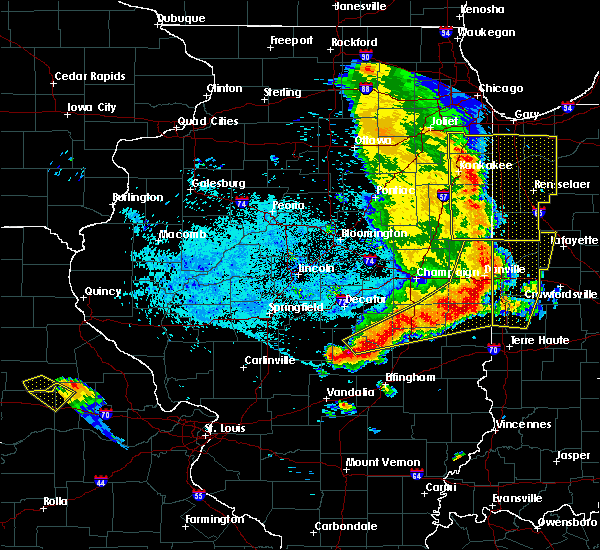 Radar Image for Severe Thunderstorms near Oakwood, IL at 7/11/2020 10:40 PM CDT