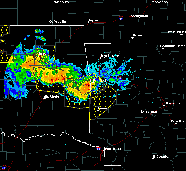 Radar Image for Severe Thunderstorms near Blue Mountain, AR at 7/11/2020 10:42 PM CDT