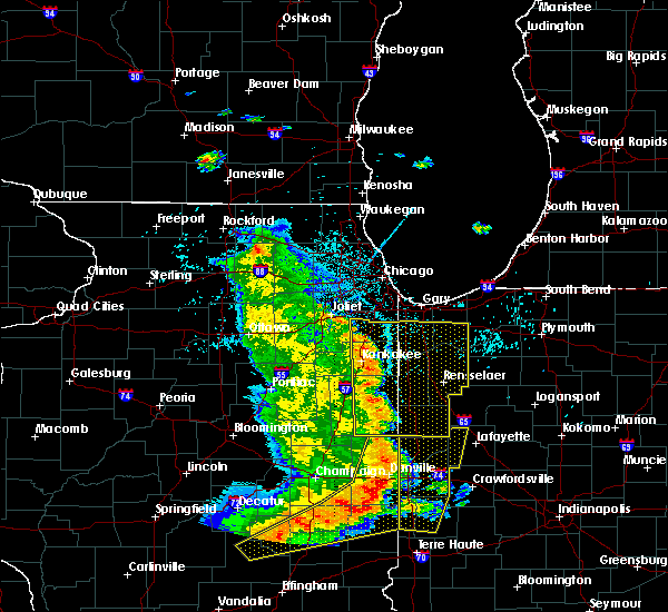 Radar Image for Severe Thunderstorms near Woodland, IL at 7/11/2020 10:42 PM CDT
