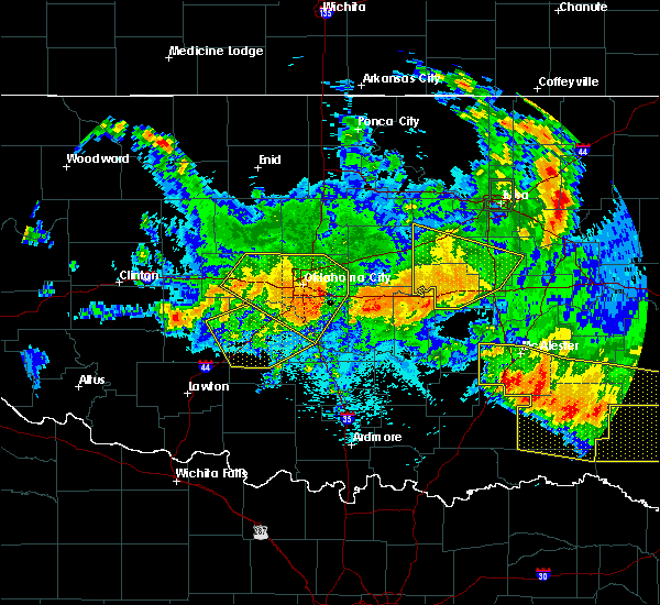 Radar Image for Severe Thunderstorms near Goldsby, OK at 7/12/2020 12:09 AM CDT