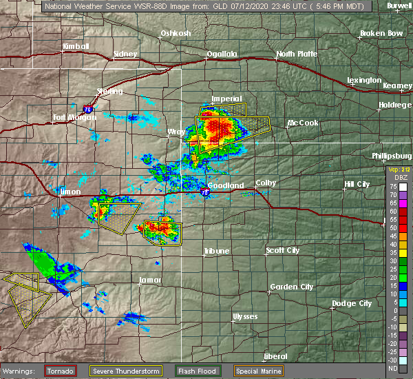 Radar Image for Severe Thunderstorms near Cheyenne Wells, CO at 7/12/2020 5:54 PM MDT