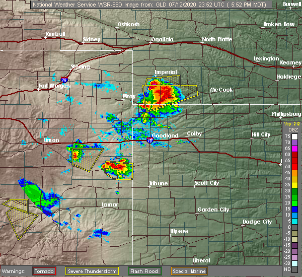 Radar Image for Severe Thunderstorms near Cheyenne Wells, CO at 7/12/2020 5:56 PM MDT
