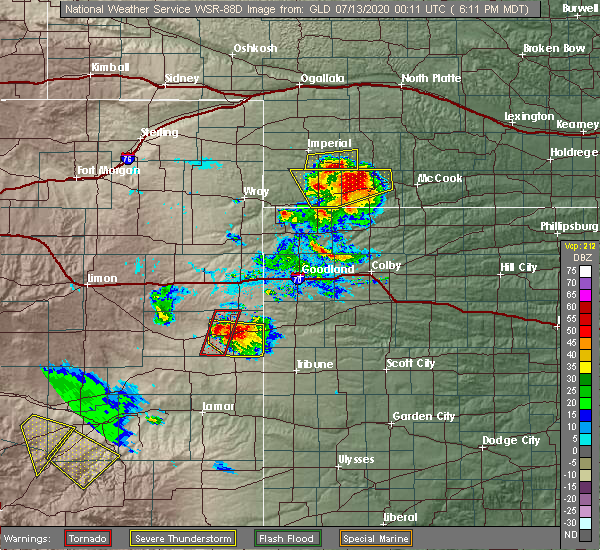 Radar Image for Severe Thunderstorms near Cheyenne Wells, CO at 7/12/2020 6:14 PM MDT