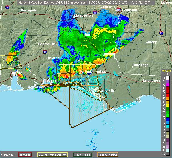 Radar Image for Severe Thunderstorms near Destin, FL at 7/12/2020 7:22 PM CDT