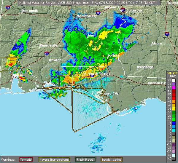 Radar Image for Severe Thunderstorms near Lynn Haven, FL at 7/12/2020 7:32 PM CDT