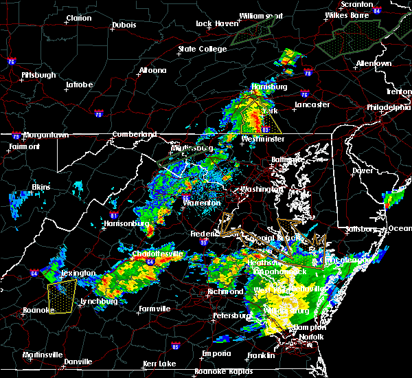 Radar Image for Severe Thunderstorms near The Plains, VA at 6/30/2015 11:39 PM EDT
