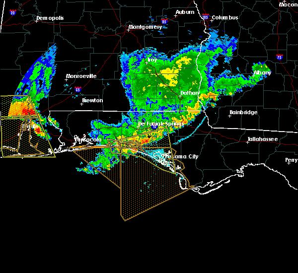 Radar Image for Severe Thunderstorms near Destin, FL at 7/12/2020 7:54 PM CDT