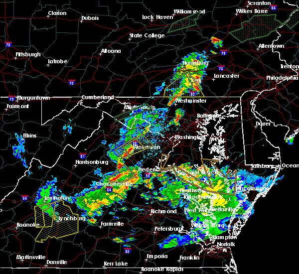 Radar Image for Severe Thunderstorms near The Plains, VA at 6/30/2015 11:58 PM EDT