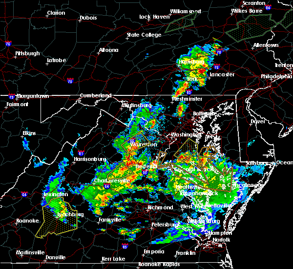 Radar Image for Severe Thunderstorms near Fort Hunt, VA at 7/1/2015 12:14 AM EDT
