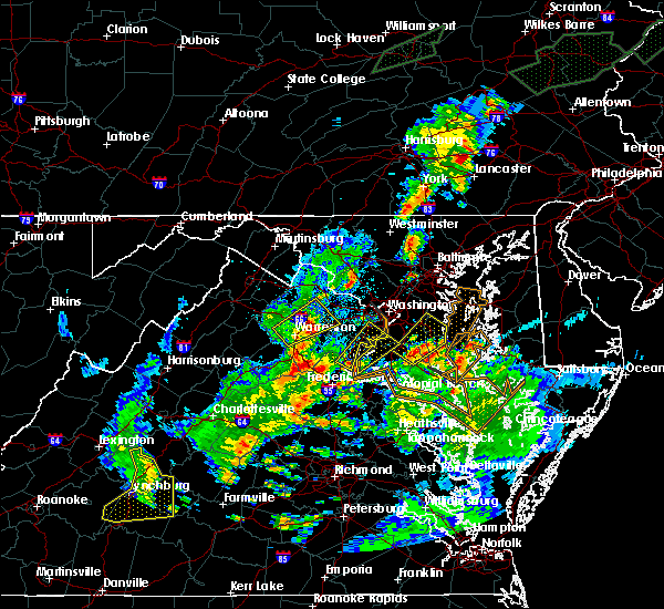 Radar Image for Severe Thunderstorms near Chantilly, VA at 7/1/2015 12:29 AM EDT