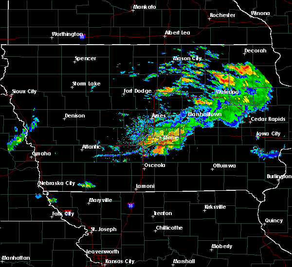 Radar Image for Severe Thunderstorms near Altoona, IA at 7/14/2020 8:34 PM CDT
