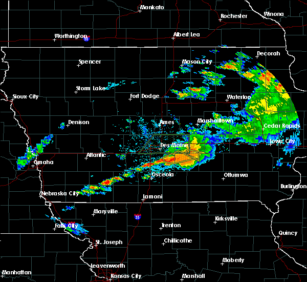 Radar Image for Severe Thunderstorms near Lacona, IA at 7/14/2020 9:12 PM CDT