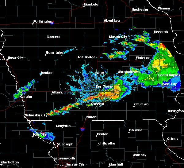 Radar Image for Severe Thunderstorms near Lacona, IA at 7/14/2020 9:18 PM CDT