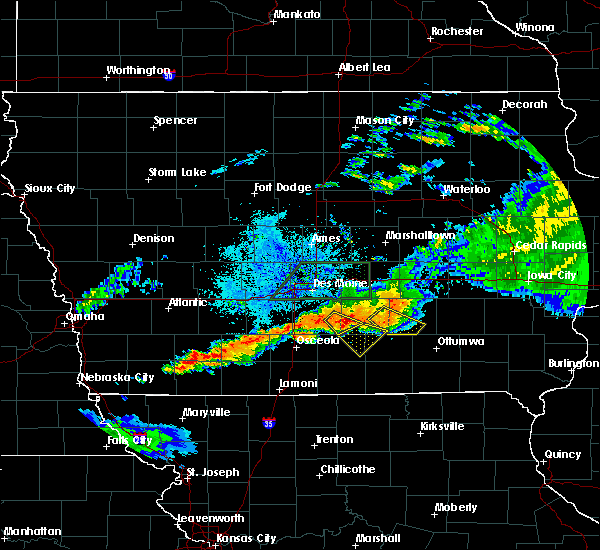 Radar Image for Severe Thunderstorms near Eddyville, IA at 7/14/2020 9:41 PM CDT