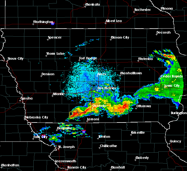 Radar Image for Severe Thunderstorms near Shannon City, IA at 7/14/2020 11:20 PM CDT