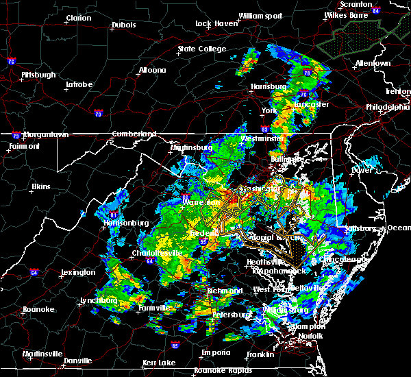 Radar Image for Severe Thunderstorms near Edmonston, MD at 7/1/2015 1:03 AM EDT