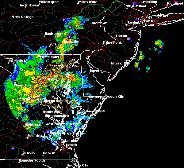 Radar Image for Severe Thunderstorms near Dover, DE at 7/1/2015 1:16 AM EDT