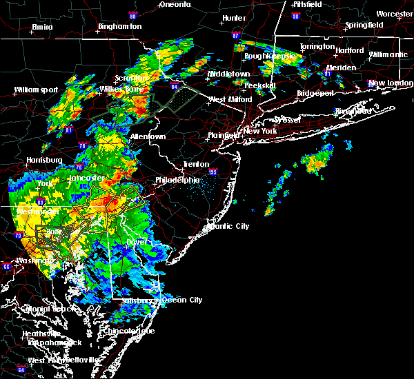 Radar Image for Severe Thunderstorms near Swedesboro, NJ at 7/1/2015 2:20 AM EDT