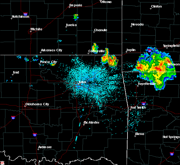 Radar Image for Severe Thunderstorms near Fairland, OK at 7/17/2020 1:15 AM CDT