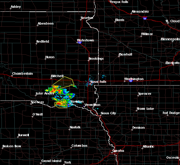 Radar Image for Severe Thunderstorms near Emery, SD at 7/17/2020 9:02 AM CDT