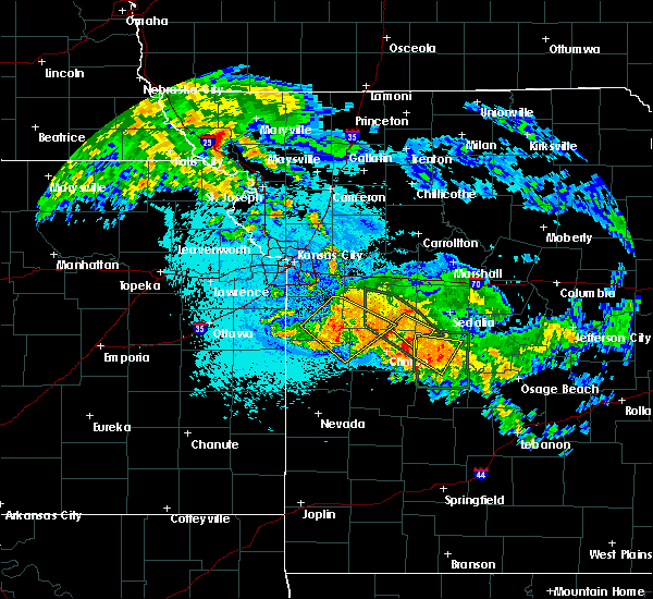 Radar Image for Severe Thunderstorms near Adrian, MO at 7/1/2015 2:34 AM CDT