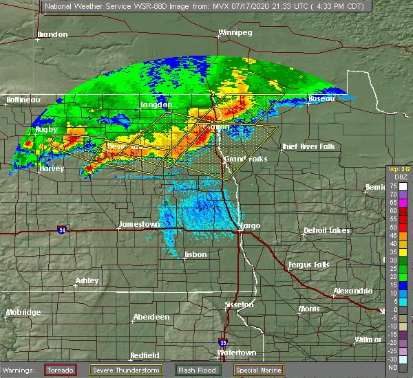 Radar Image for Severe Thunderstorms near Larimore, ND at 7/17/2020 4:40 PM CDT