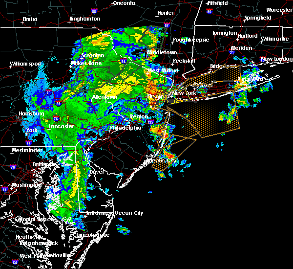 Radar Image for Severe Thunderstorms near Hewlett Harbor, NY at 7/1/2015 4:16 AM EDT