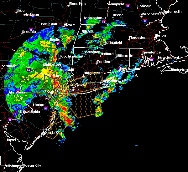 Radar Image for Severe Thunderstorms near Hewlett Harbor, NY at 7/1/2015 4:46 AM EDT