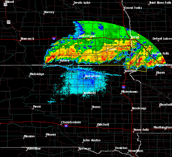 Radar Image for Severe Thunderstorms near Forman, ND at 7/17/2020 10:20 PM CDT